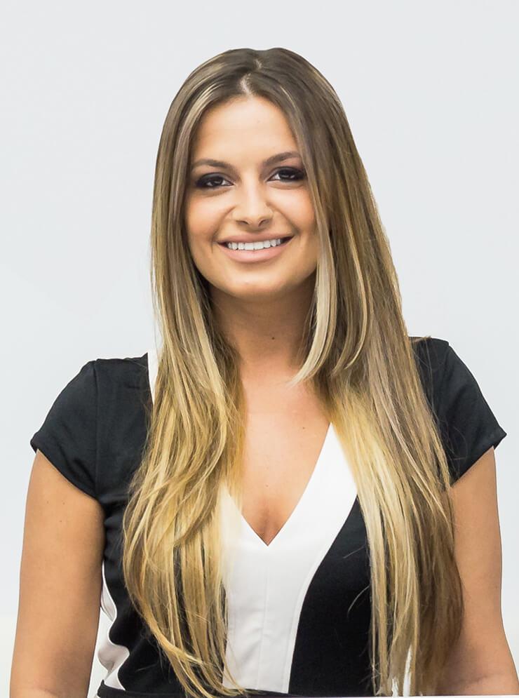 Front Desk Manager <br>Miruna Dabâca